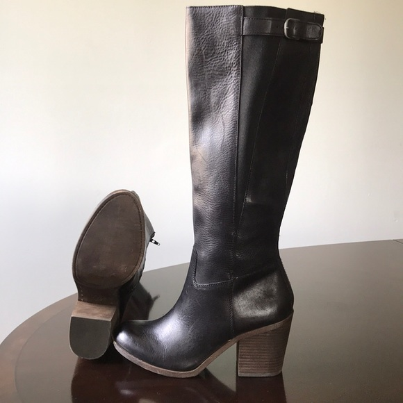 6dece0518d98 Lucky brand black leather 10M Cuban heel boots